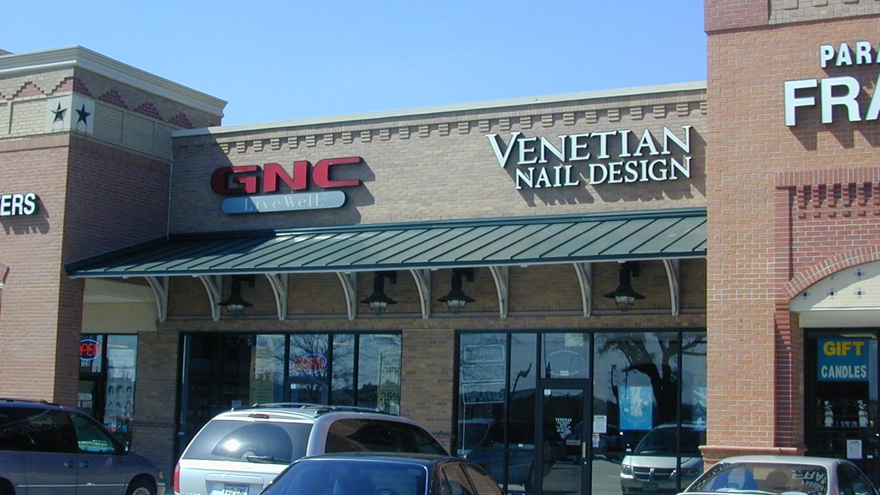 Parkway Village Retail Center