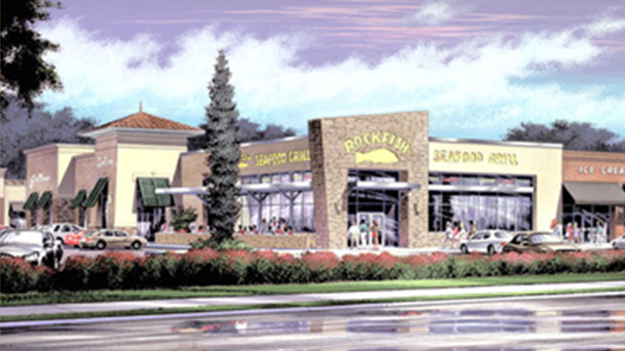 Shopping Center-Plaza at Royal Oaks